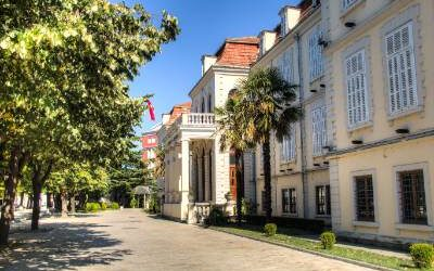 How to get from Tirana to Shkoder?