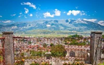 How to get from Tirana to Gjirokaster?