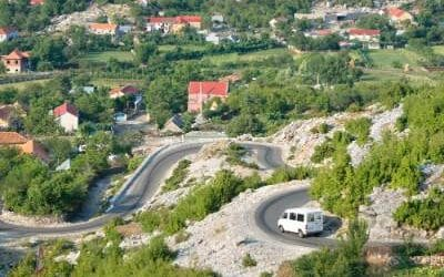 How to get to the Regional Bus Station in Tirana?